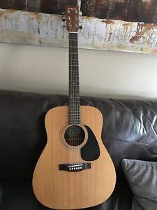 Yamaha Eterna EF35 Acoustic Guitar