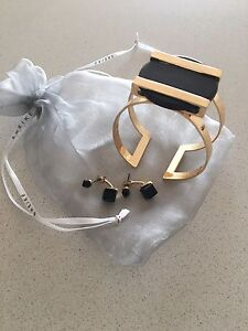 Sheike cuff and earrings Gladesville Ryde Area Preview