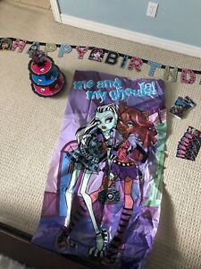 Monster High Birthday Party supplies/decorations