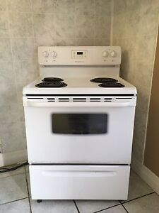 FRIGIDAIRE STOVE- for sale