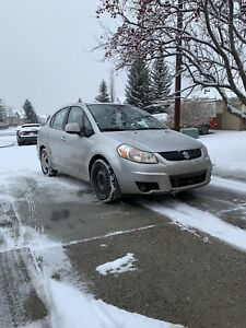 2008 Suzuki sx4 LOW KMS WITH WINTER TIRES ON RIMS