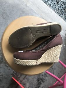 Women's Brown Wedges Size 6