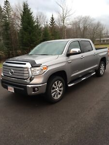 2017 tundra limited (lease takeover)