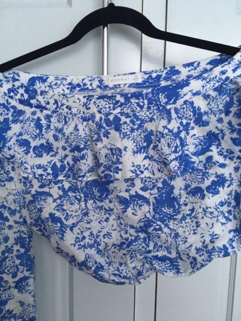 f5e5e6df086a2a Kookai Blue White linen one shoulder top