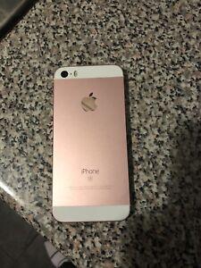 IPhone SE ***MINT*** 150$ FIRM koodo