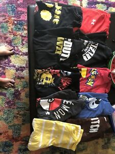 Boys size XL/ men's S/M licensed T-Shirts LOT of 20