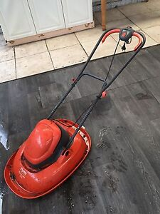 Lawn mower Willetton Canning Area Preview