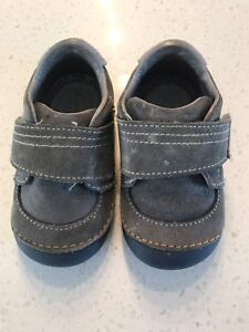 Stride Rite shoes size 5W