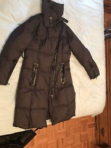 Long winter jacket mint condition!