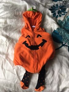 Costume Carters 24 mois