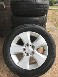3x fg falcon rims/2 light truck tyres/wheels nuts/3 pre au ford spares