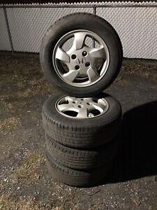 4 mags dorigine honda accord avec 4 pneus d'été 195-65-15