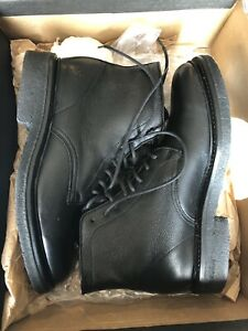 Men's Frye Country lace up boots brand new never worn size 7