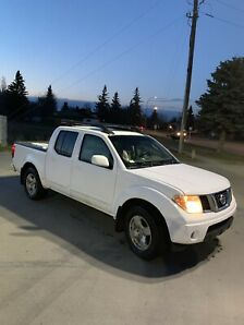 2005 Nissan Frontier LE Fully Loaded Taking Offers!