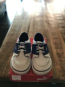 Toddler Boys Puma Runners Size 5
