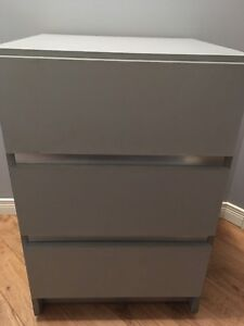 Commode 3 tiroirs ou table de chevet