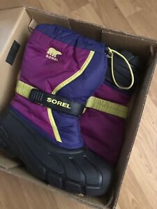 Youth winter boots Sorel 6, Columbia 5