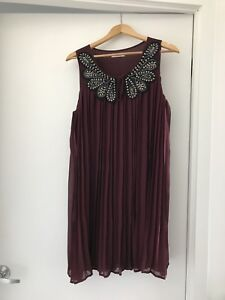 Burgundy Cocktail Dress with Jewelled Collar, Size L