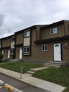 2 Bedroom Townhouse North East Edmonton