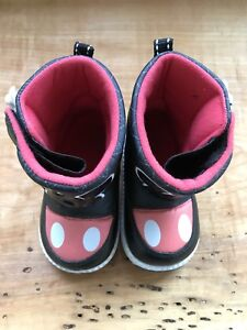 Mickey Boots, size5.5