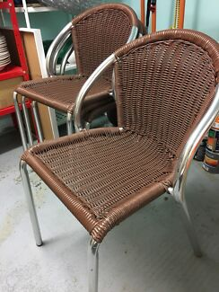 4 outdoor chairs $60