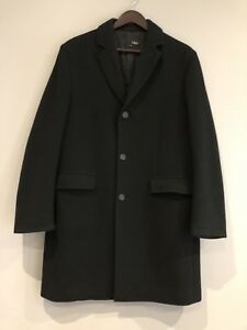 MEN'S WOOL WINTER COAT LIKE NEW CONDITION