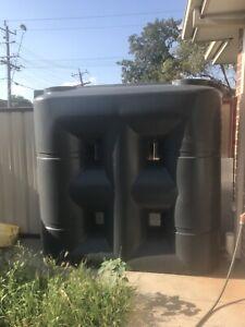 Yarrawonga 2000LT Slimline Rain Water Tank