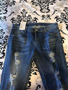 Distressed Skinny Jeans