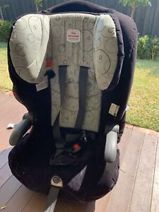 Maxi-rider Safe n Sound car seat