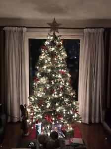 Artificial Christmas Tree + All decorations + Big Spruce Wreath