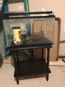 10 Gal tank with stand, pump and accessories