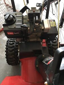 Toro 522 Power Throw Snow Blower