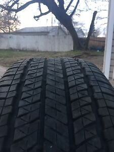 Selling 4 all season tire without rim