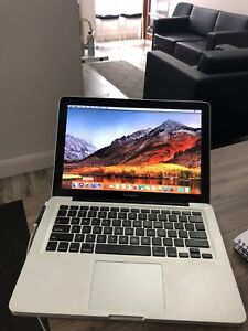 MacBook Pro 13'' in amazing condition for only 700$
