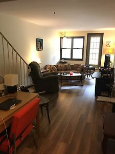 Looking for a roommate in Clayton Park
