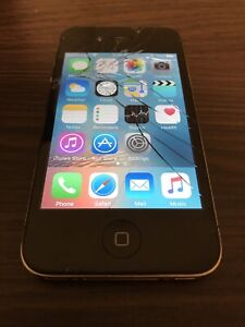 Apple iphone 4S 8GB Locked to Sprint Quick Sale Read below