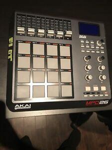 Akai MPD26 (16 pad)