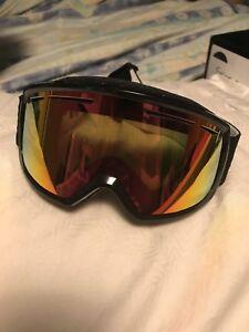 Women's Smith ski/snowboard goggles