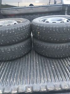 195/65/15 studded winter tires  vw rims