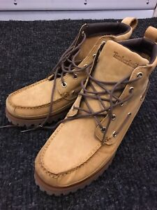 Timberland mans short boot size 9 for $100 nego