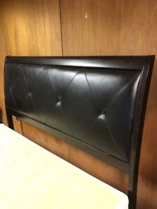 King solid wood turfted leather insert headboard only