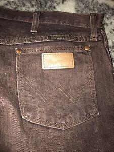 Men's wrangle jeans Shailer Park Logan Area Preview