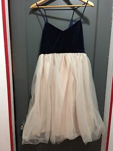 New Laren Conrad Formal Dress Size 10