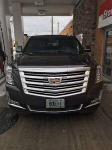 Cadillac Escalade platinum. Esv