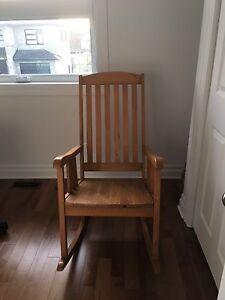 Chaise berçante bois naturel à vendre