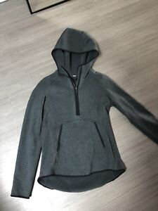 Lululemon Half Zip Fleece - Size 6