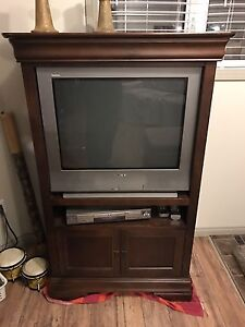 "Tv stand, 27"" tv, dvd player"
