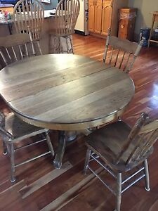 Solid Oak table for sale