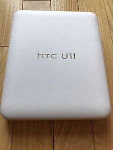 Brand new HTC U11 - Amazing silver factory unlocked