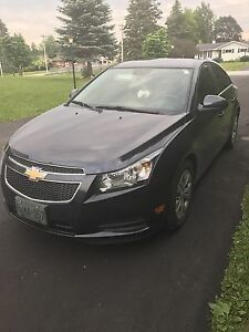 2014 Chevy Cruze (LOW KM)
